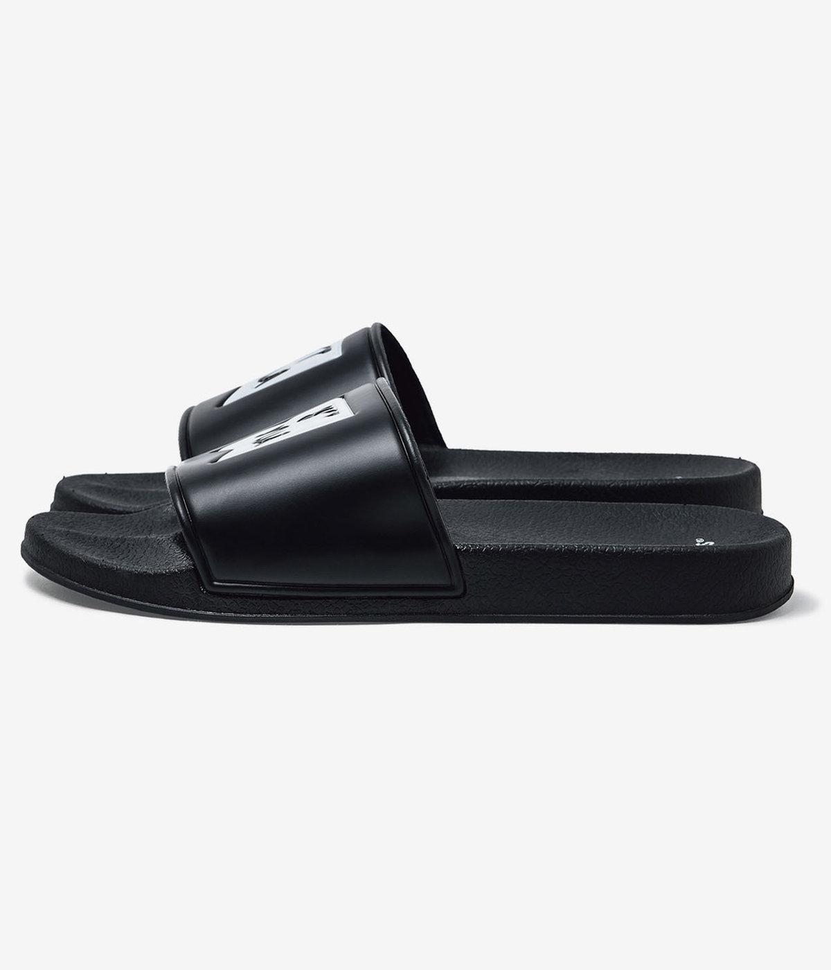 SLIDER / FOOTWEAR. PVC
