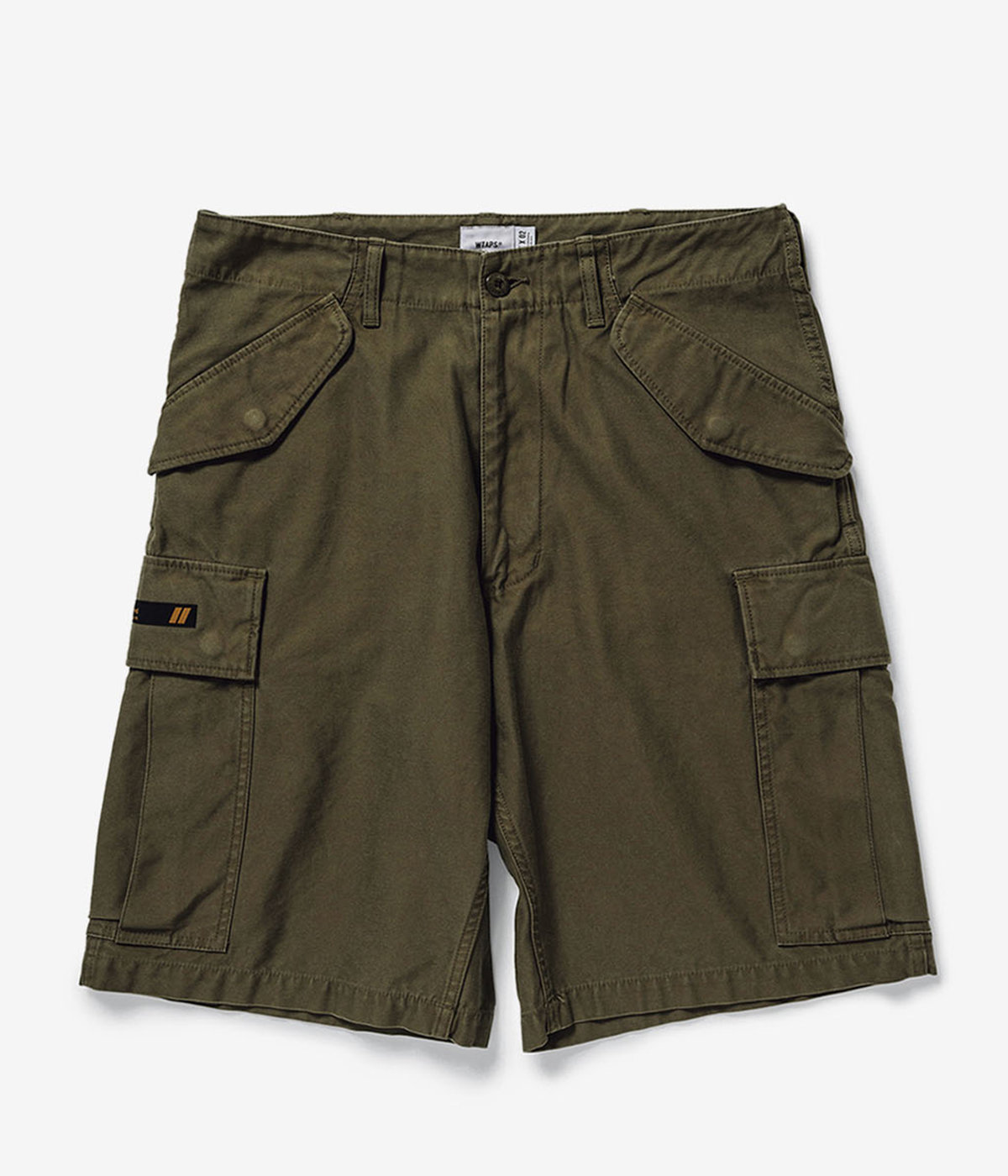 CARGO SHORTS 01 / TROUSERS. COTTON. SATIN