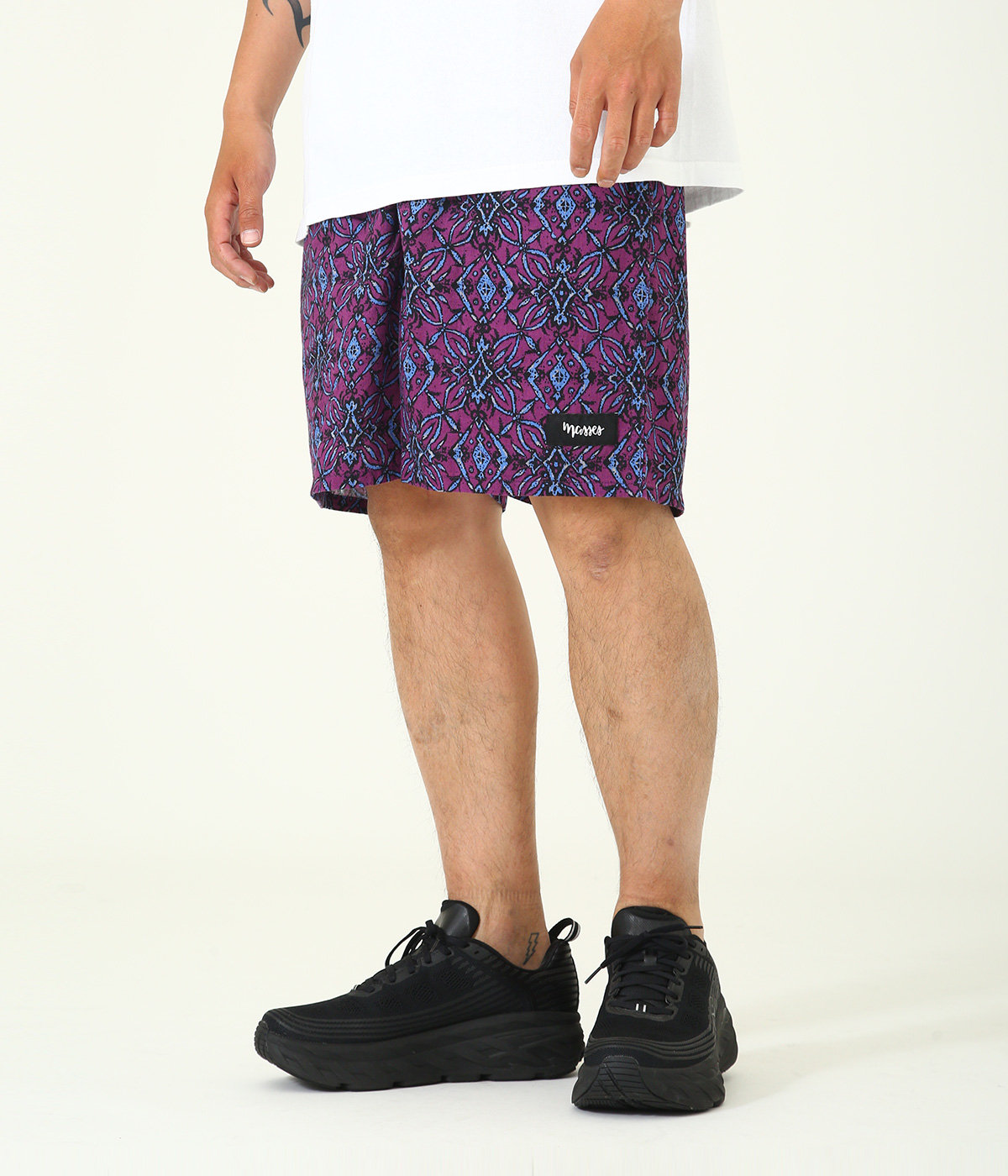 ARABESQUE PATTERN SHORTS