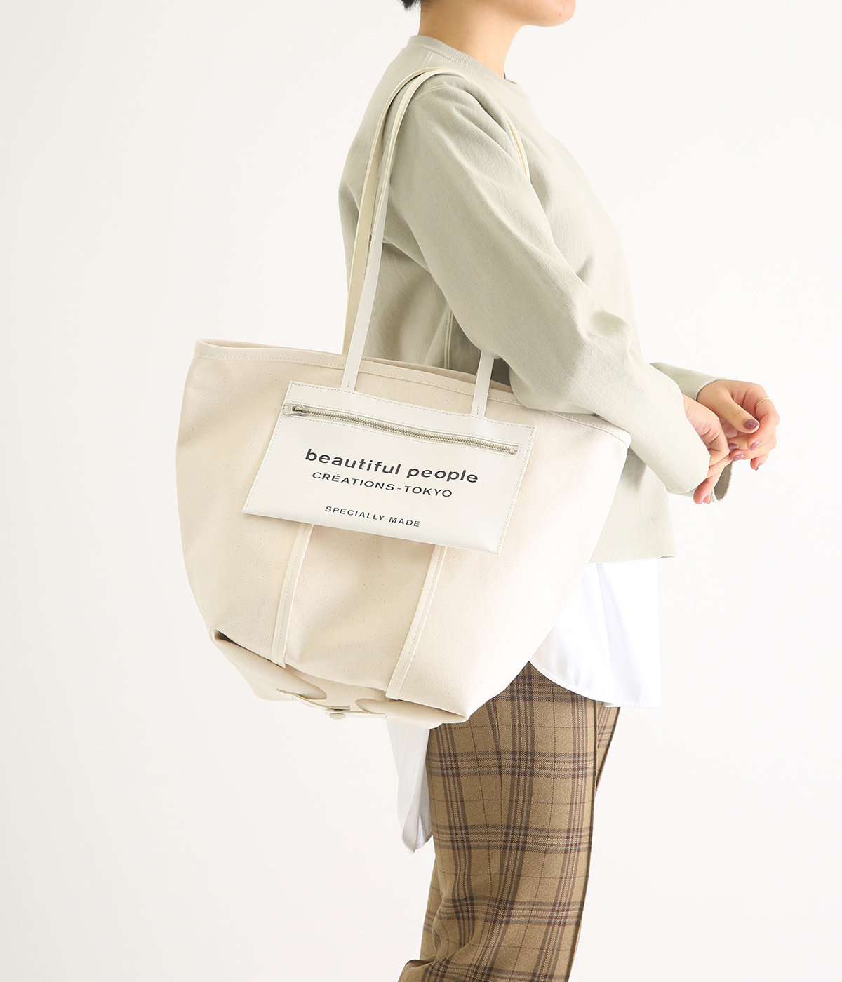 【レディース】lining logo pocket tote bag