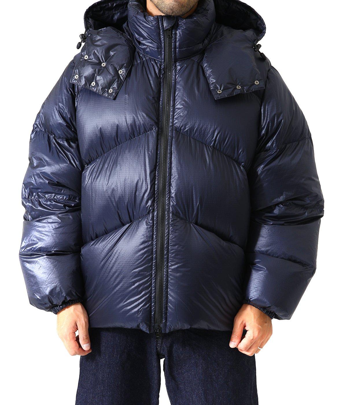 model(175cm / 58kg)B86 W75 H87 着用サイズ:40