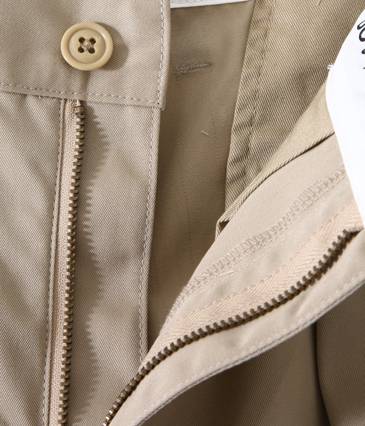 DC-3 TUCK TROUSERS