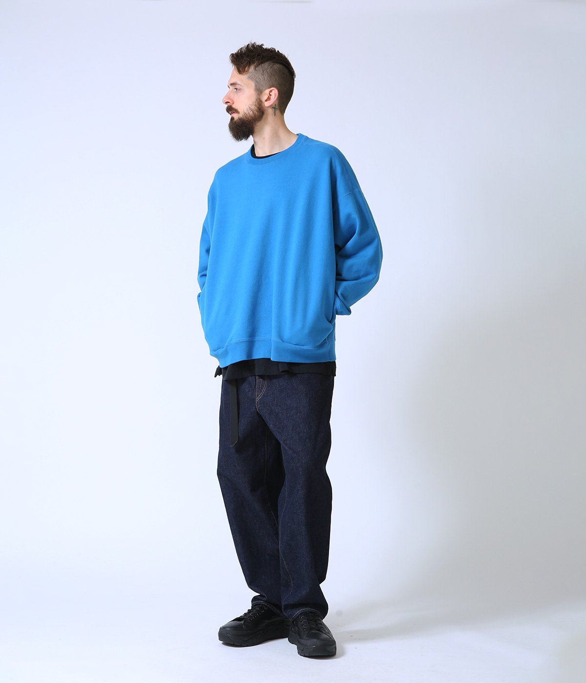 CREWNECK BOX SWEAT SHIRT