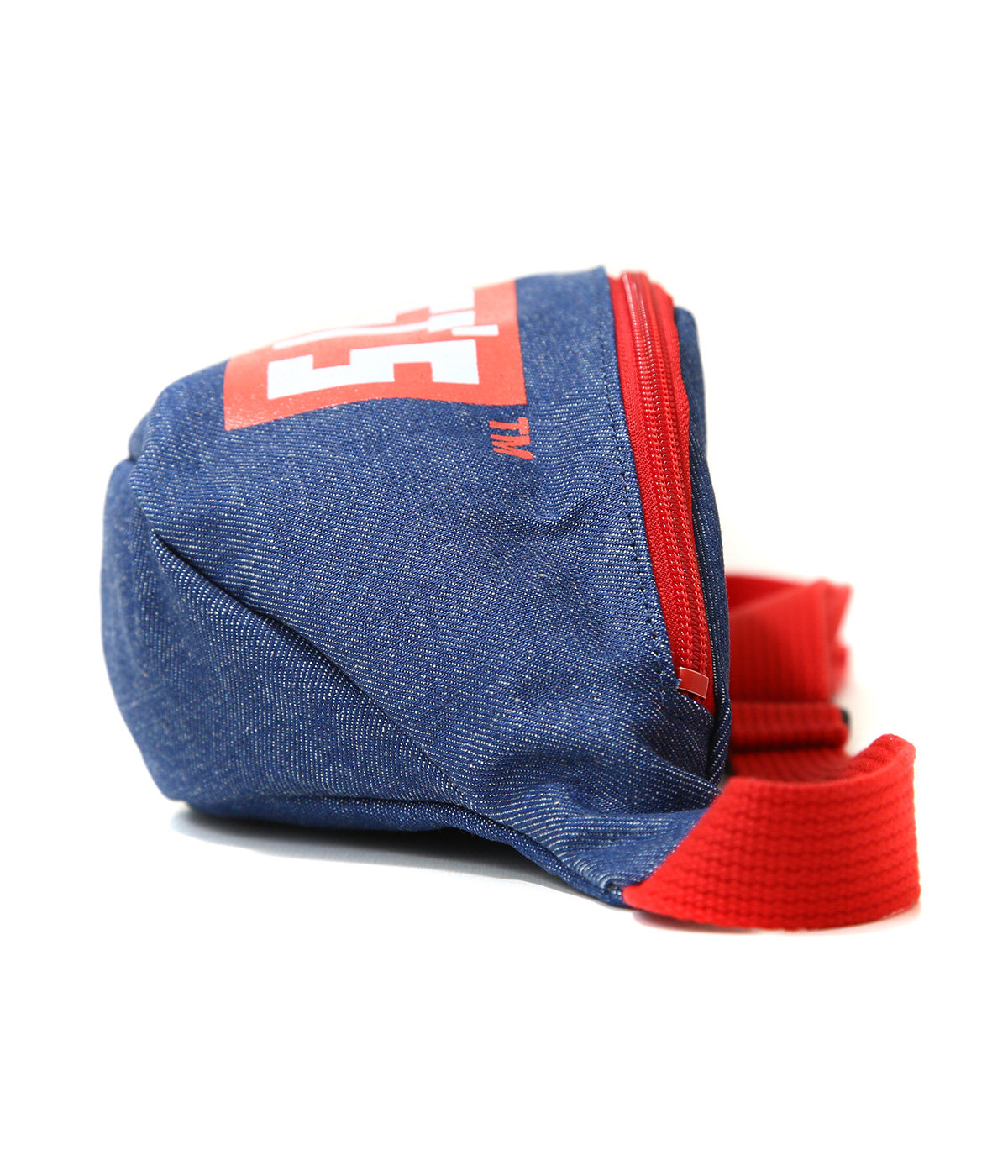 WEST'S POUCH