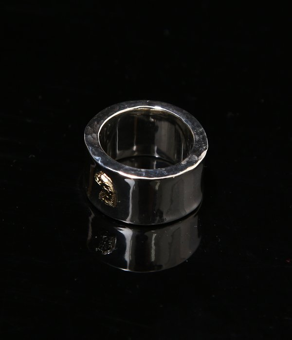 18K EAGLE FACE POINT RING