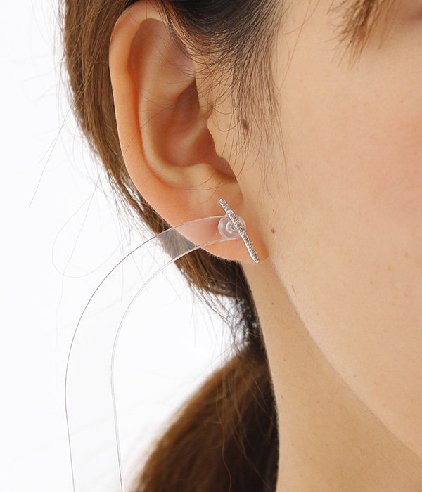 Gossamer Diamond Short Bar Earrings(ピアス)