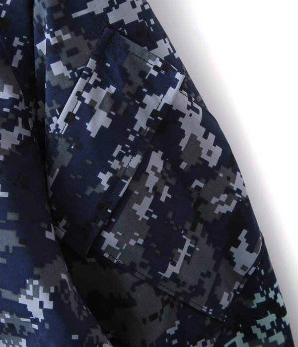 【DEAD STOCK】 US NAVY GORE-TEX DIGITAL CAMO PARKA