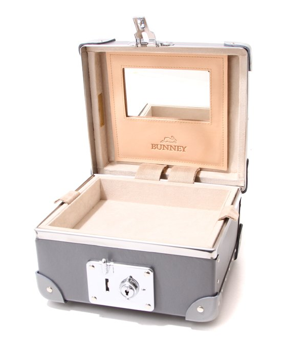 Jewellery Case made by Globe-Trotter