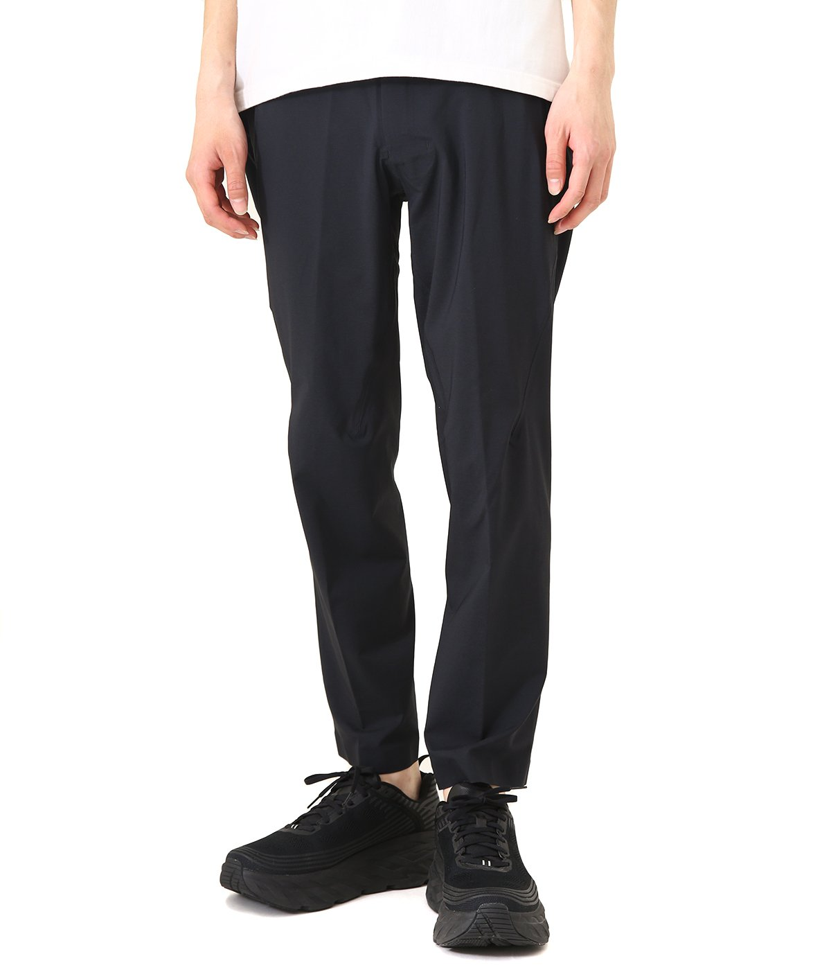 RELAXED FIT TAPERED HIGH STRETCH PANTS