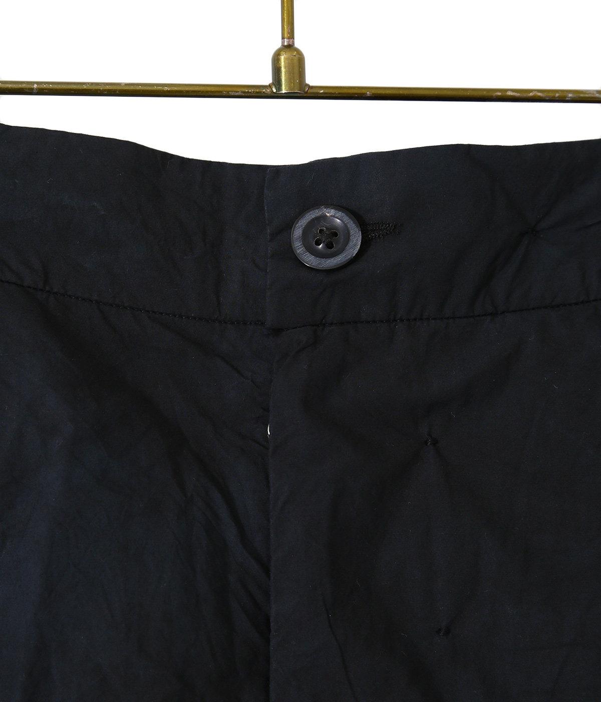 Lightweight short with detachable bag pocket