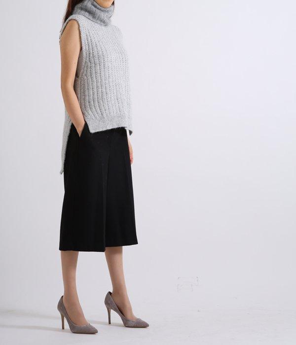 【レディース】sleeves vest in racked stitch with mohair turtleneck