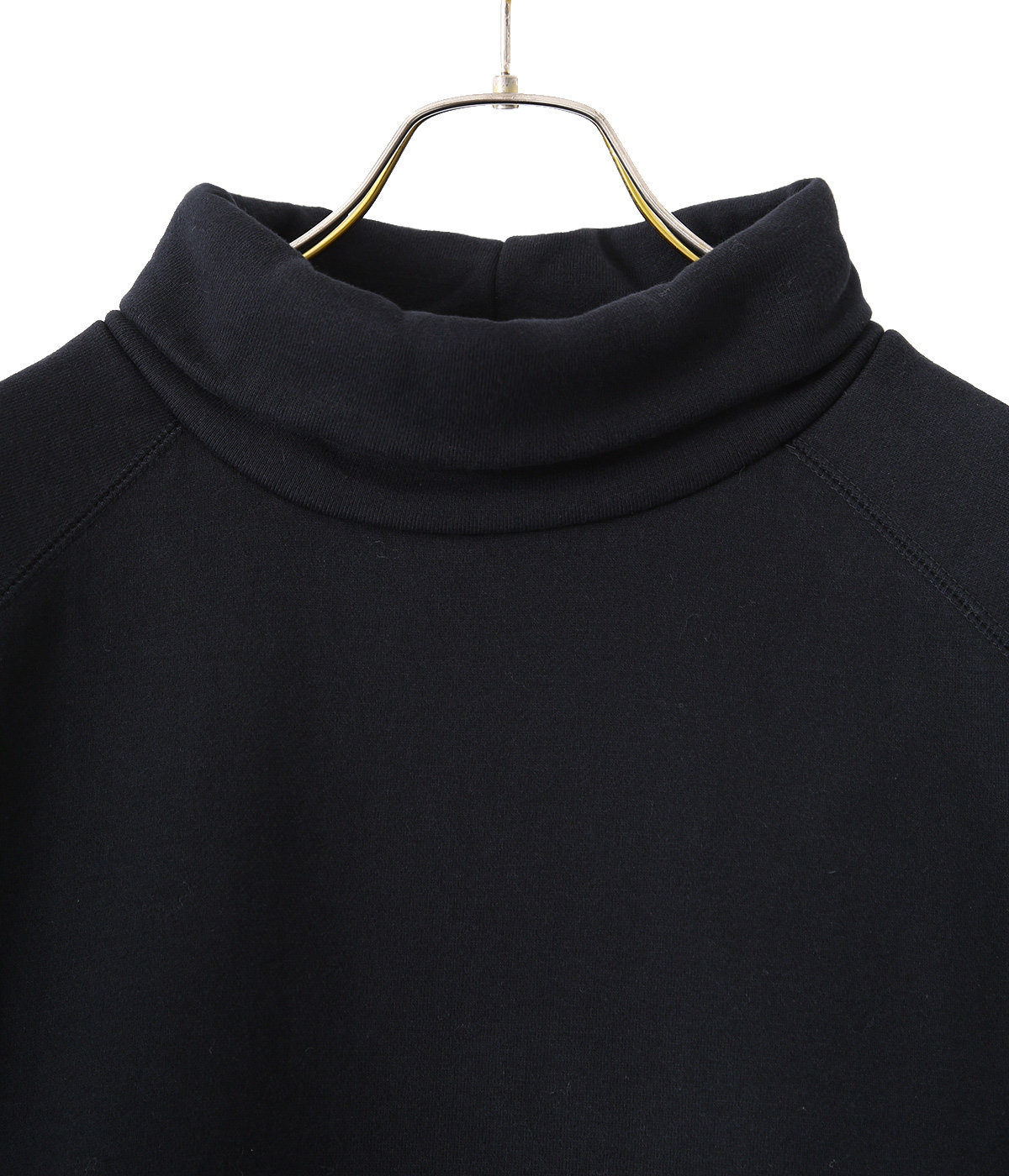 HIGH NECK SWEAT