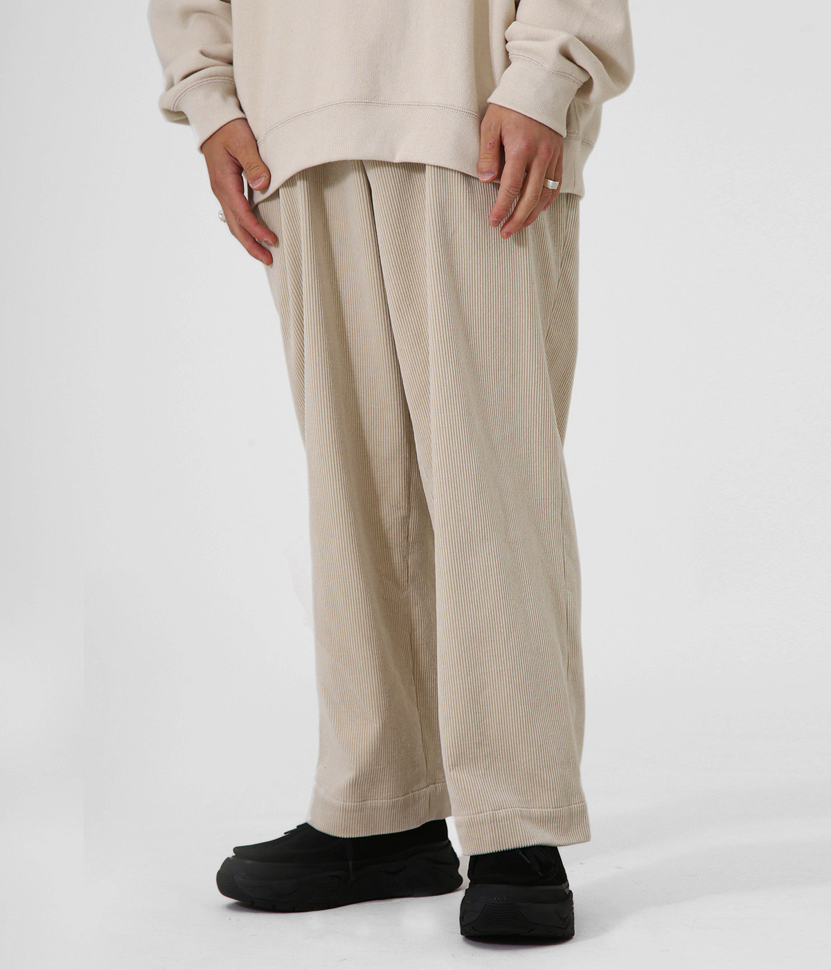2TUCK STRAIGHT FIT TROUSERS - 9wale corduroy -