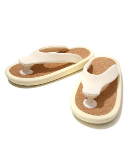 """BEACH SANDAL"" WHITE"