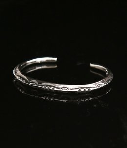 THIN TRIANGLE BRACELET -3POINT- (MEN'S)