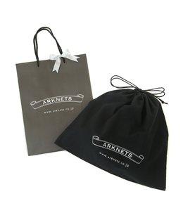【シャツ、カットソー、ライトアウターをはじめとしたウェア類、バッグ類に最適】ギフト巾着Mサイズ(W53cm×H45)