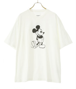 oversized Mickey Mouse crew neck s/s tee.