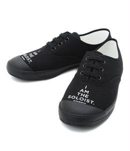 signature sneaker