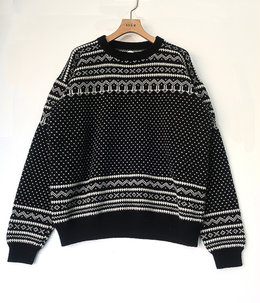 【予約】Snowy Patterned Sweater