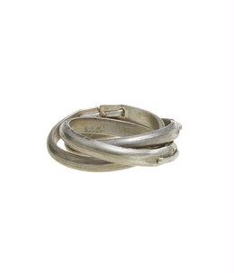 triple staple ring