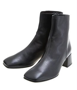 【予約】SQUARE TOE SHORT BOOTS
