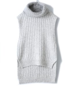 【レディース】sleeves vest in racked stitch with mohair turtleneck