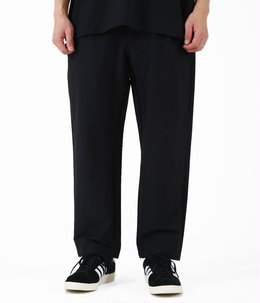 One Tuck Taperred Stretch Trousers
