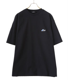 BLACK WAPEN LOGO T-SHIRT