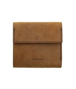 clasp wallet