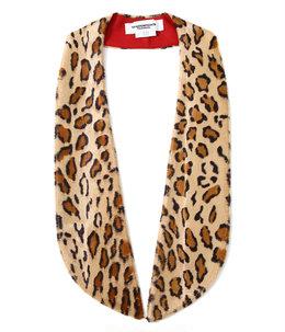 attachment wide shawl collar.