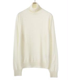 turtleneck sweater.